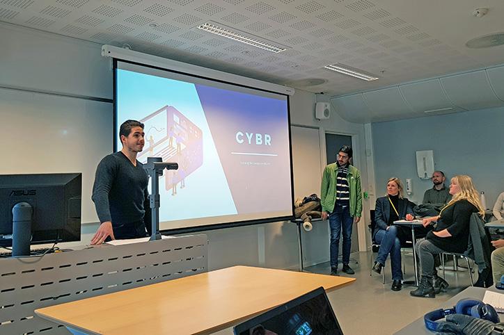 Bilde fra presentasjon av et prosjekt i Gründergarasjen.
